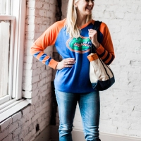 Florida Gators Sweater & Vineyard Vines Tote